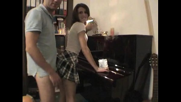 Homemade fuck on piano