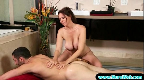 Sexy Babe Give Sensual Nuru Massage With Happy Ending 22