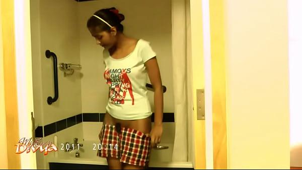 indian pornstar divya stripping naked exposing ...