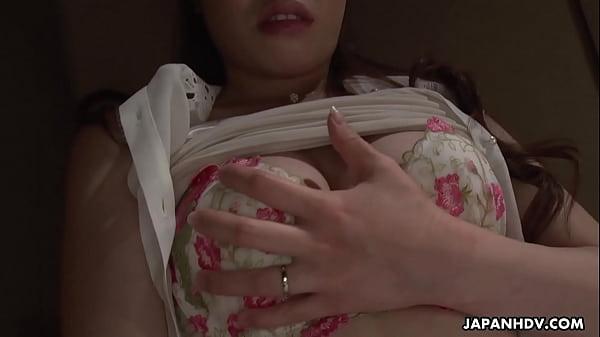 Japanese wife, Emi Sasaki is masturbating late at night, uncensored