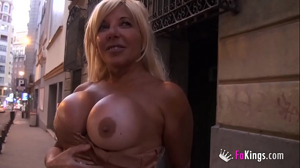 Back in the day she was a porn celebrity. Now she wants her fame back!