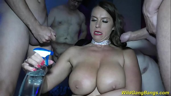 busty Milf Sexy Susi anal gang banged