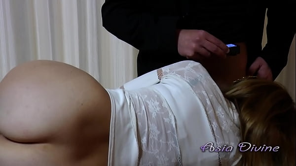 Busty secretary sucks her boss's cock who makes a video before fucking her - Asia Divine
