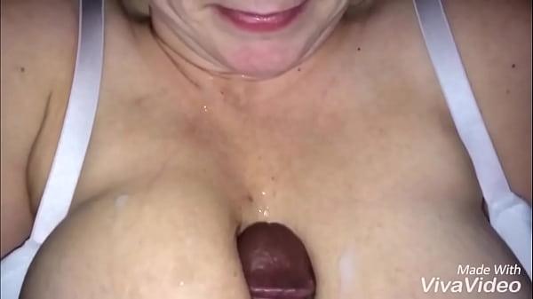 Cum on real big tits