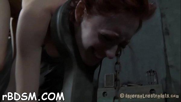 A sapkás csávó megdugja a takarítónőt - xxx videók ingyen