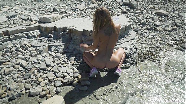 FREE VIDEO - Awesome kinky nudist girl in the public beach - Sasha Bikeyeva
