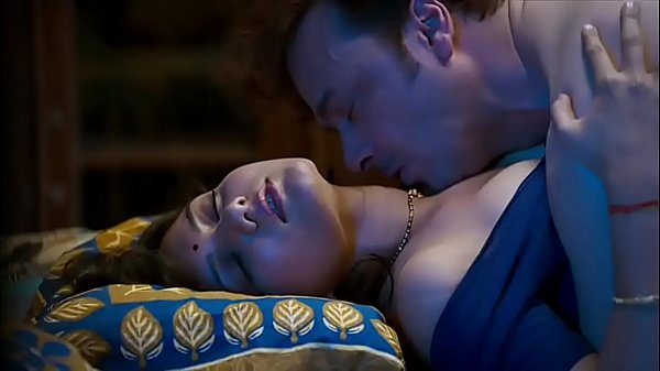 [P2] Mastram Webseries Pushpa Bahu in bed getting fucked and sucked wearing blue blouse(model- Ambika)