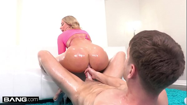 BANG Surprise - Savannah Bond Gets Her Big Ass ...