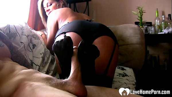 Amazing stepsister gives the best footjob in st...