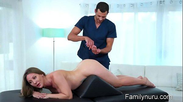 Hot milf get her ass massage