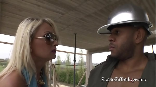 Ivana Sugar bangs a black guy