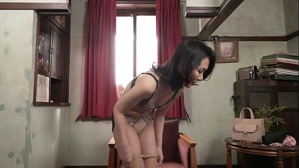 初撮り人妻ドキュメント 川嶋穂花