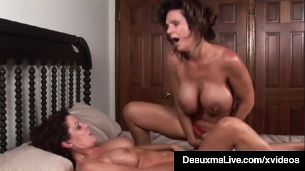 Busty Milf Deauxma Squirts in Magdelaine St.Mic...