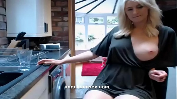 Webcam Soft core Blonde Housewife Watch live part02 on angelcamsex.com Thumb