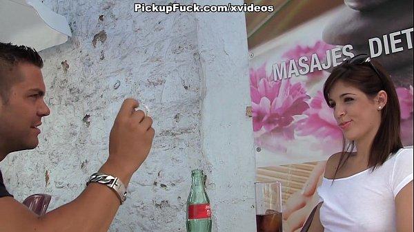 pick-up in Spanish