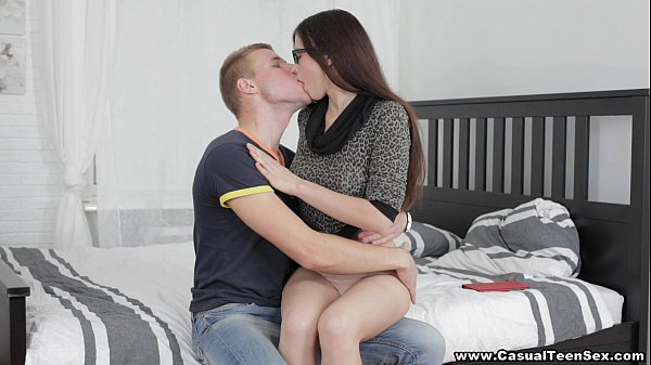 Casual Teen Sex - 30 seconds to casual sex Marg...
