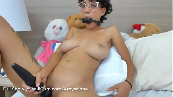 Nerdy Mixed Schoolgirl Loves To Ball Gag Herself and Have Intense Orgasms Thumb