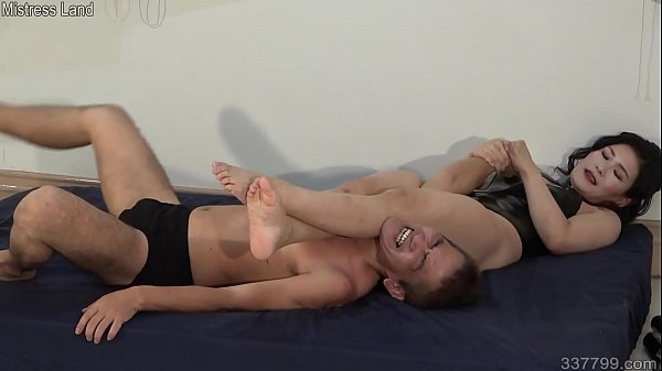 Japanese Female Trains Slave in Wrestling Submission Techniques