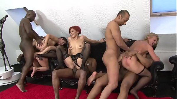 mature mommy xxx sexorgy assfucking