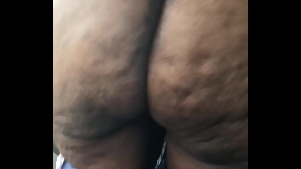 c. older lady with pretty asshole spread big ass booty and show black asshole