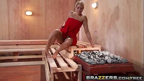 Brazzers - Hot And Mean - ( Jenni Lee, Juelz Ve...