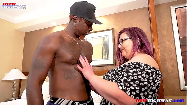 big booty bbw mom taking bbc