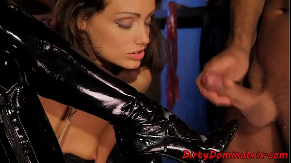 Latex master tormenting strapon riding babe