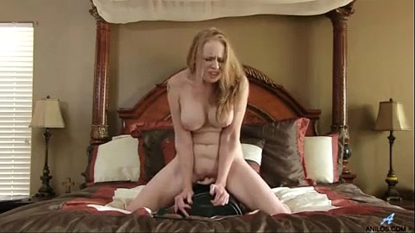 Sex machine makes bigtit mom cum so hard