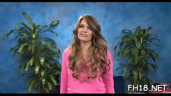 Hottie gets dick in pussy
