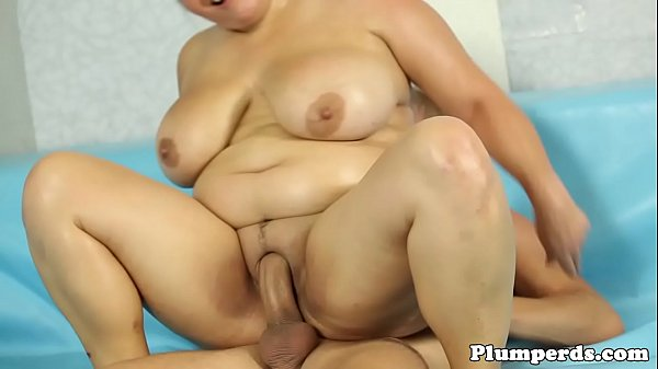 Curvy bbw wrestling and sucking cock