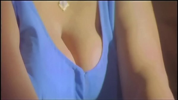 Hot mallu sharmili aunty seducing young servant with her boobs Thumb
