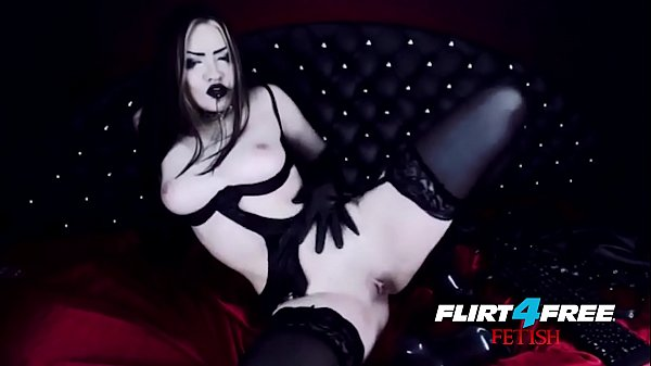 Sexy Goth Girl Fucks Herself in Latex Thumb
