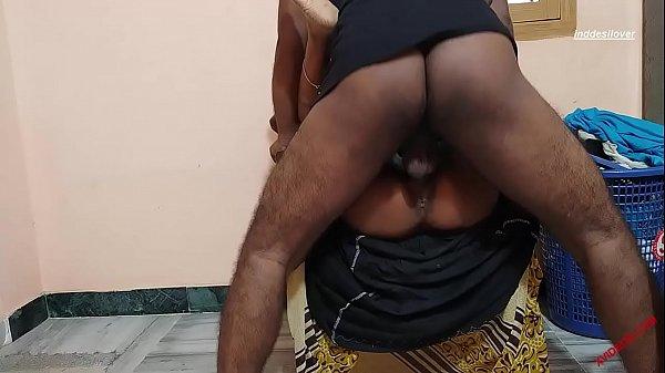 हरामी बॉस सेक्स के लिए कुछ भी करेगा