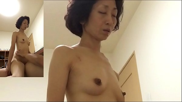 Mature wife Miyuki pants at the woman on top posture Thumb