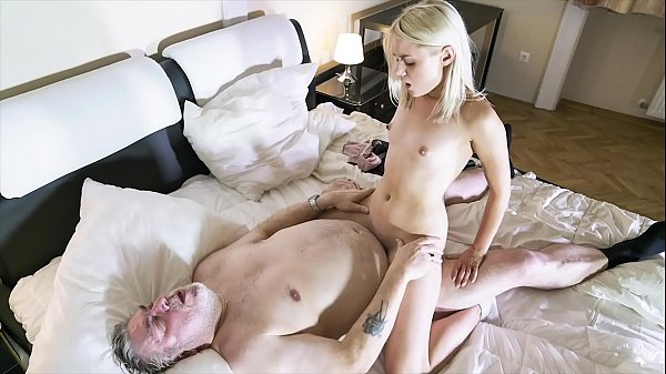 Old guy penetrates her young pussy and the girl...