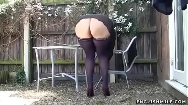 stockings upskirt no panties sexy ass UK milf