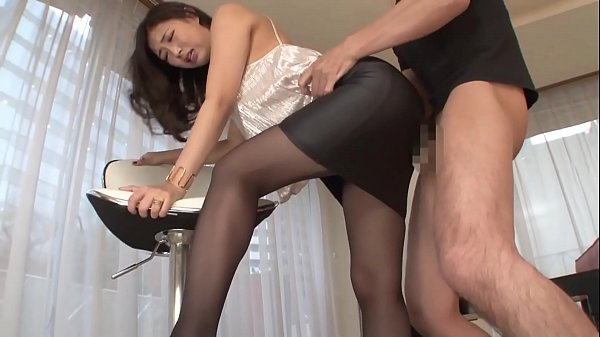Japanese girl gets fucked in leather skirt