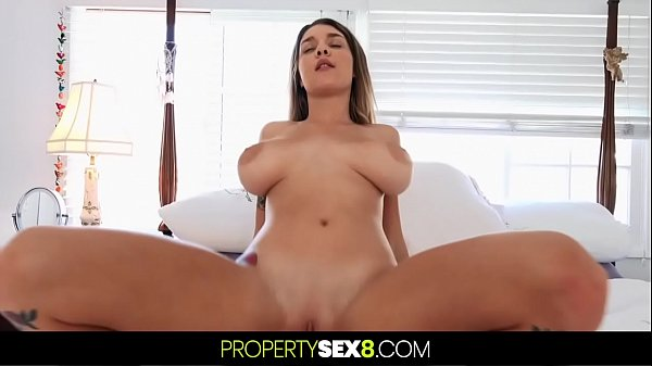 Newly Divorced Dude Meets The Big Natural Titty Girl Of His Dreams Thumb