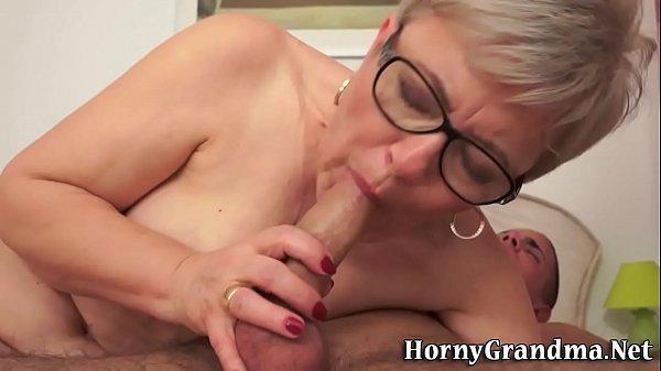Mature granny gets cum
