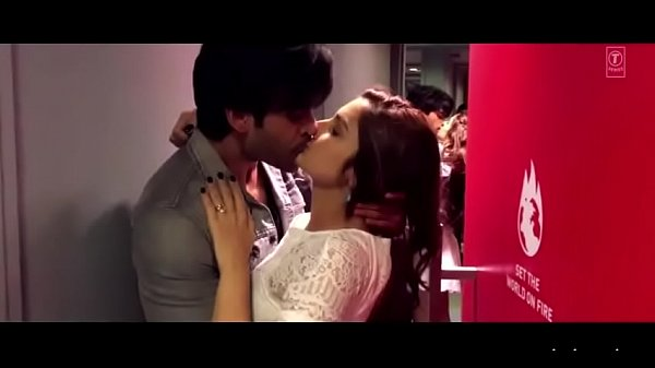 Beautiful actress smooching seductive song