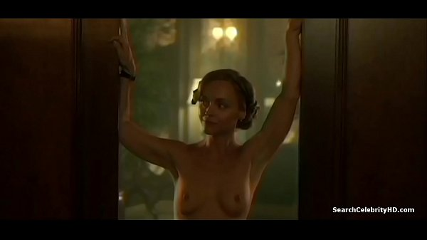 Christina Ricci Showing Full Frontal Nudity in Z - The Beginning of Everything - S01E04