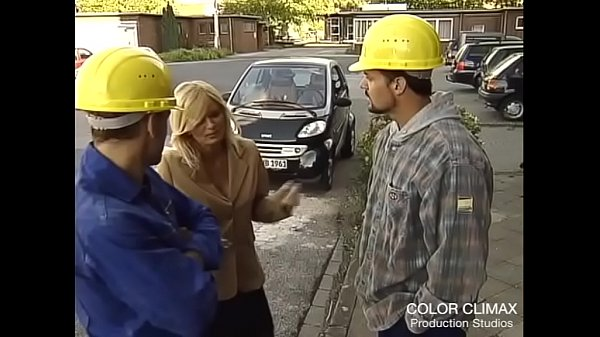The fantasy of banging 2 construction guys ...