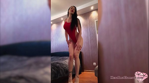 Hot Brunette Play Pussy Big Sex Toy after Watching Porn