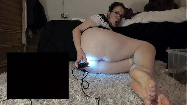 Anal fisting big rubber cocks and medical endoscope come and spy on my pussy and ass from the inside Thumb