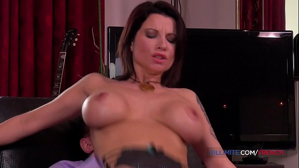 French big tits MILF Julie Valmont