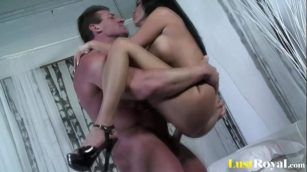 Only a huge cumshot can satisfy Veronica Rayne