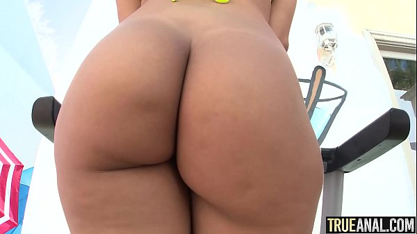 TRUE ANAL Valentina Jewels first anal experience