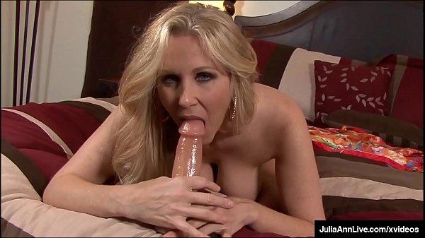 Busty Milf Julia Ann Fucks Her Juicy Pussy & Creams Her Cougar Cunt!