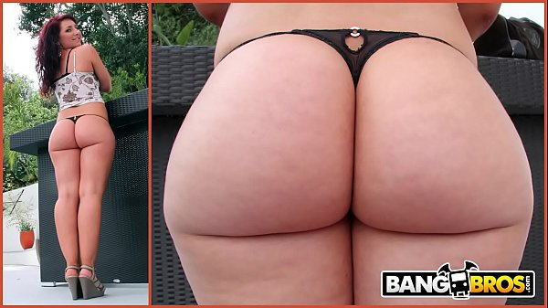 BANGBROS - Chris Strokes Goes Anal On PAWG Savannah Fox's Big Ass Thumb