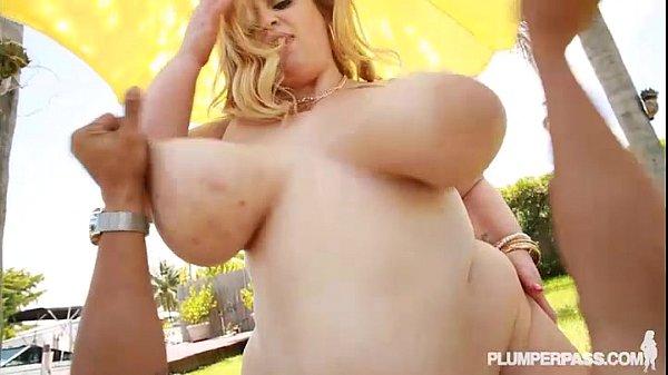 Busty BBW in Bikini Works on Tan and Big Cocks